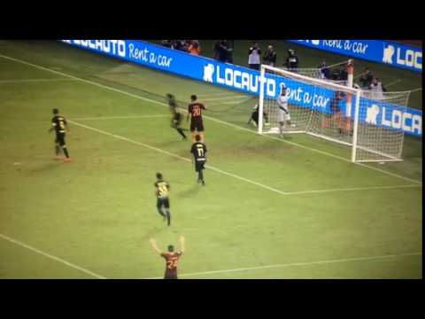 Handanovic Incredible Save vs AS Roma 2016.10.02