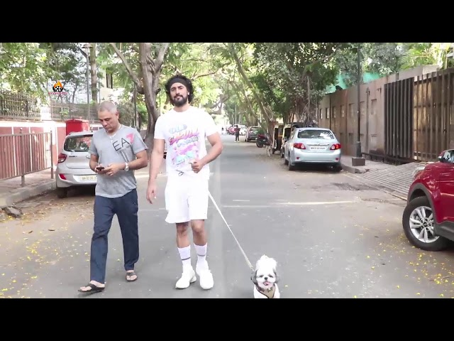 KUNAL KAPOOR SPOTTED WITH HIS DOG AT