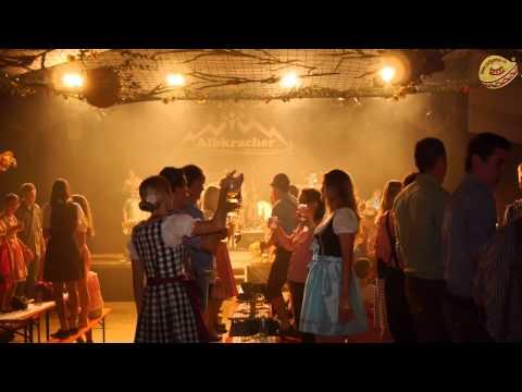 Dirndl- & Lederhosen Party mit den Albkracher in Bühl (WT)