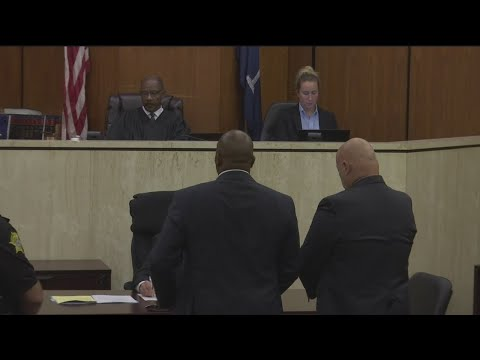 Suspended 5th Circuit Solicitor appears before a judge; granted $25k PR bond