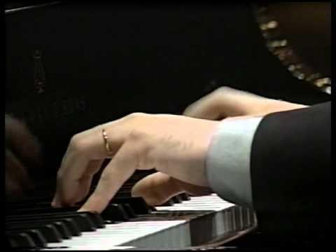 Antonio Pompa-Baldi plays Mozart Sonata K332