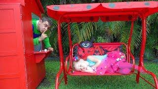 Nastya dan ayah membangun dan mendekorasi rumah mainan