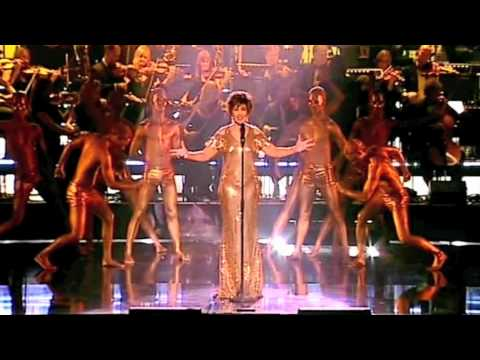 Dame Shirley Bassey - Who Want To Live Forever (live)