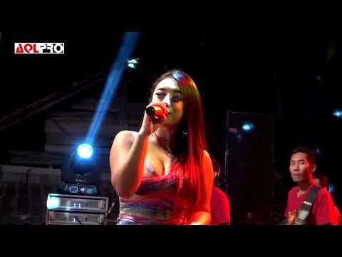 Ayah Voc. Desy Thata Om. Dwipangga Live Sitirejo Kertomulyo Brangsong