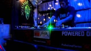 dj balam en el sexto aniversario de doble a tv
