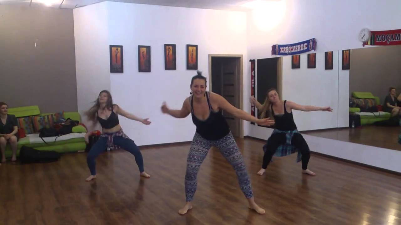 Inne rodzaje afrobeats nauka tańca @ uanga (MC Galaxy ft. Davido Nek Unek LU99