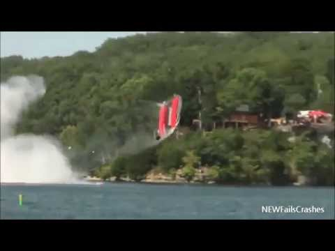 Heavy Boat Crash Lake of the Ozarks