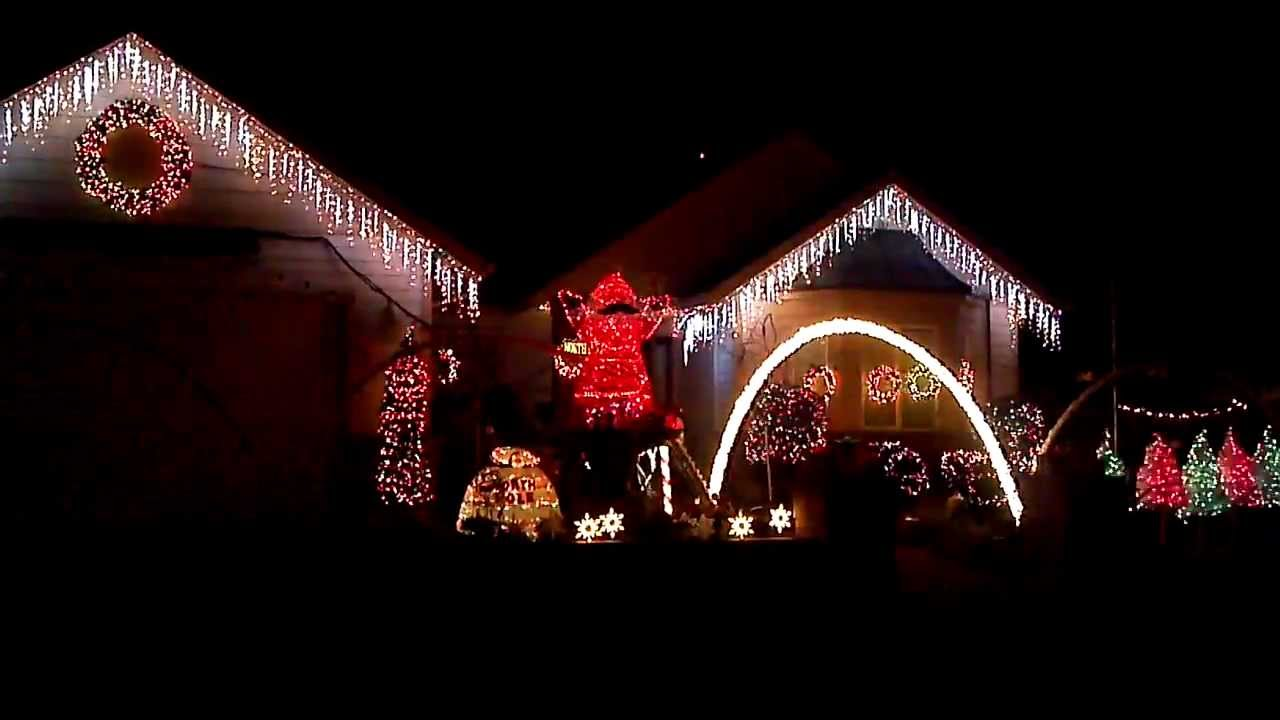 Christmas house lights synchronized with the music for Christmas house music