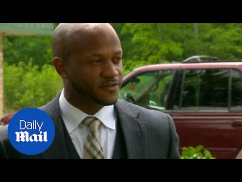 Walter Scott's attorneys speak after his funeral - Daily Mail