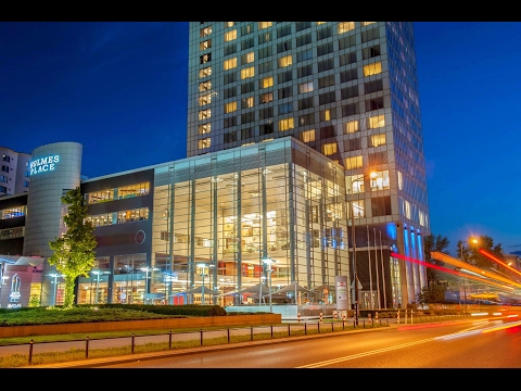 Hilton Warsaw Hotel and Convention Centre Guide