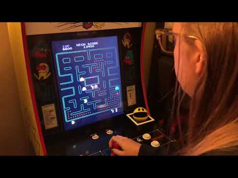Arcade1up Pac-Man PLUS Gameplay!!
