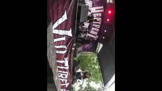 MINOTAUR_id video on stage at