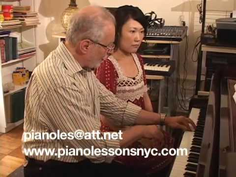 Piano lessons  New York City ,NYC keyboard teacher
