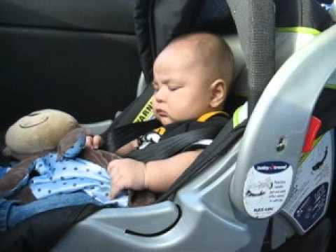 Hamza doesn't like car seat.. - YouTube