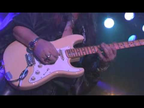 G3 - (Joe Satriani, Steve Vai, Yngwie Malmsteen) - ROCKIN' IN THE FREE WORLD Live In Denver.avi