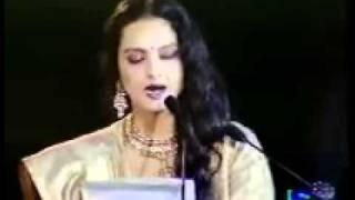 REKHA  pays rich tribute to lataji mangeshkar