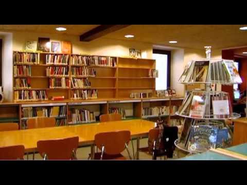 Vilobí D'onyar. Biblioteca Municipal Can Roscada De Vilobí
