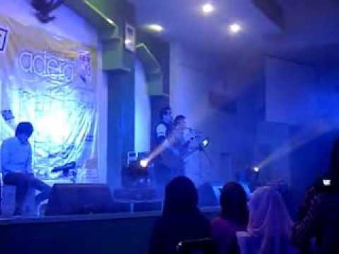 adera - melewatkanmu & melukis bayangmu (live in concert) UNISSULA semarang