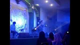Adera - Melewatkanmu & Melukis Bayangmu  Live In Concert  Unissula Semarang