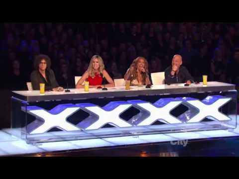 Crazy FROG Dance on Talent show. Must SEE.mp4(10)