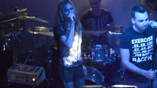 Betty BOOM live , Eminem - Without me cover