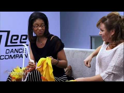 Dance Moms - The Costumes (Season 2 Episode 06)