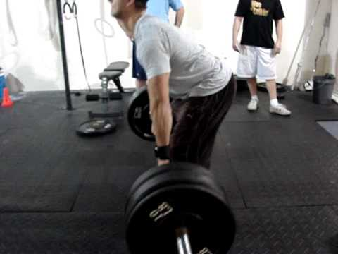 Gus deadlifting.MPG