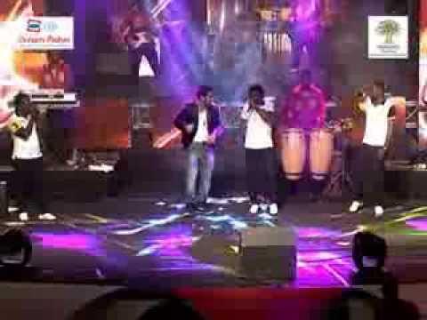 Les Patrons en concert live Haut Niveau au Palais de la culture de Treichville