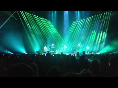 Maroon 5 - Moves Like Jagger Live From Bradley Center