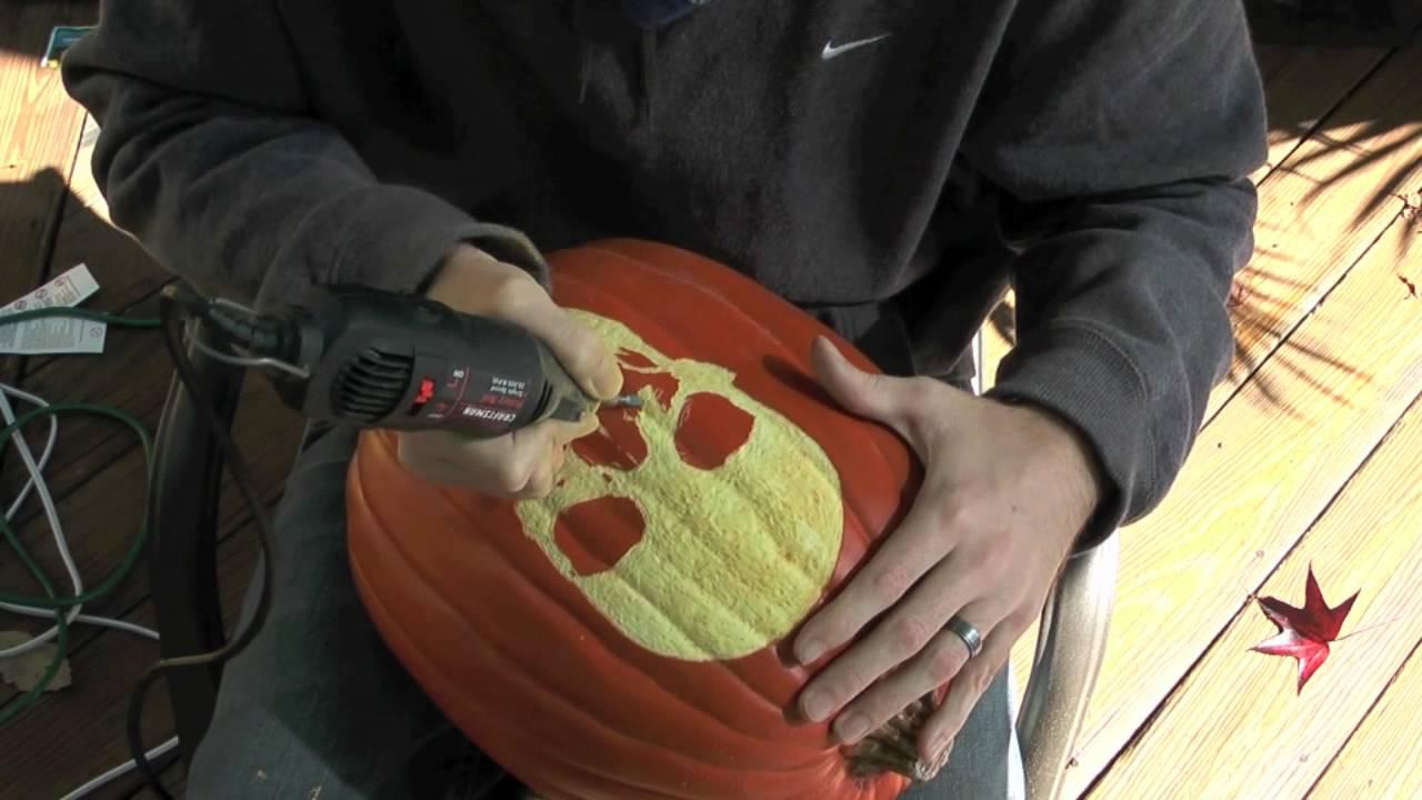 skull pumpkin (pumpkin carving demonstrationwackolanterns