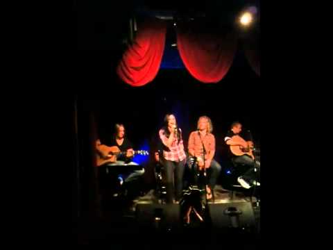 What love feels like-Lainey Edwards@ 12th & Porter