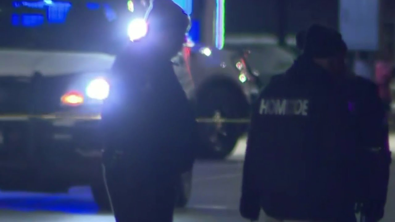 Detroit police investigating after man killed, another injured in shooting