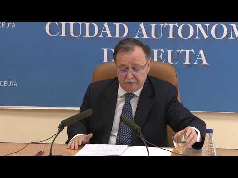 """Juan Vivas presenta 140 medidas para la """"encrucijada de futuro"""" que ha de afrontar Ceuta"""