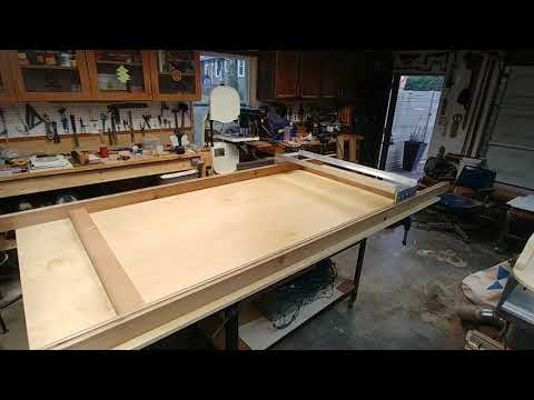 DIY Router Flattening Sled for large Slabs River Table Epoxy Pour