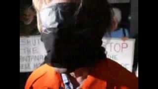 """Es ist alles okay in Guantanamo Bay""  ► Reinhard Mey"