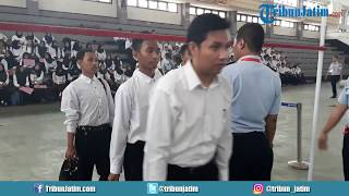 Download Video Suasana Seleksi Tes Tinggi Badan dan Verifikasi Berkas CPNS 2018 Kemenkumham di GOR Pancasila MP3 3GP MP4