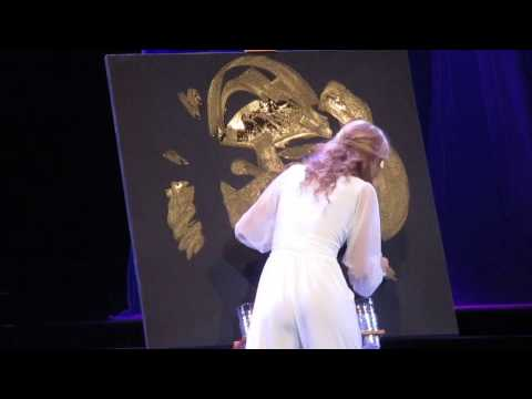 Marilyn Monroe Glitter Speed Painting by 17-year-old Miss Tustin, Emma Foss