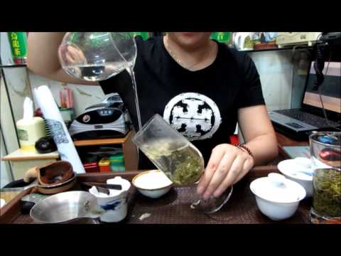 How to brew jasmine green tea with glass