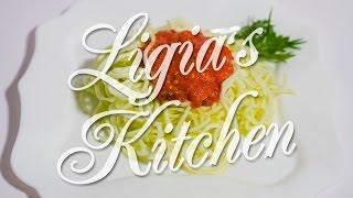 Spaghetti Raw Din Zucchini - Ligia's Kitchen
