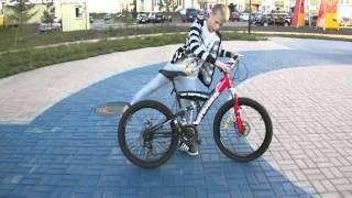 Как научиться ездить на заднем колесе на велосипеде или стантить(Вк: https://vk.com/nikitos.stepanov2000 insta: https://instagram.com/nikita_stanter73/, 2015-08-22T06:48:49.000Z)