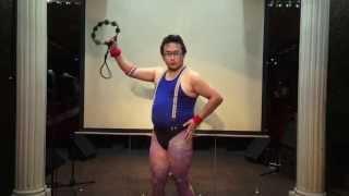 タンバリンマスターGONZOによるタンバリン実演 Crazy Funny Japane...