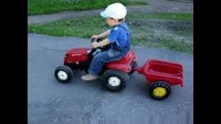 детский педальный трактор с прицепом(, 2012-04-21T10:58:28.000Z)