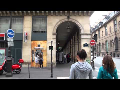 A Quick Stroll on the Rue de Rivoli