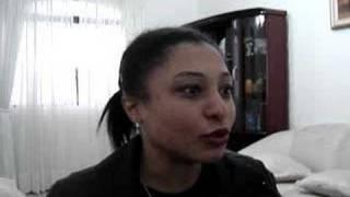 """Jeane Martins Cantando """"Ninho Desfeito"""""""