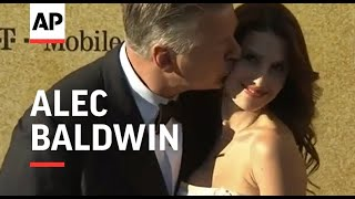 Alec Baldwin criticizes Dylan Farrow's Woody Allen claims