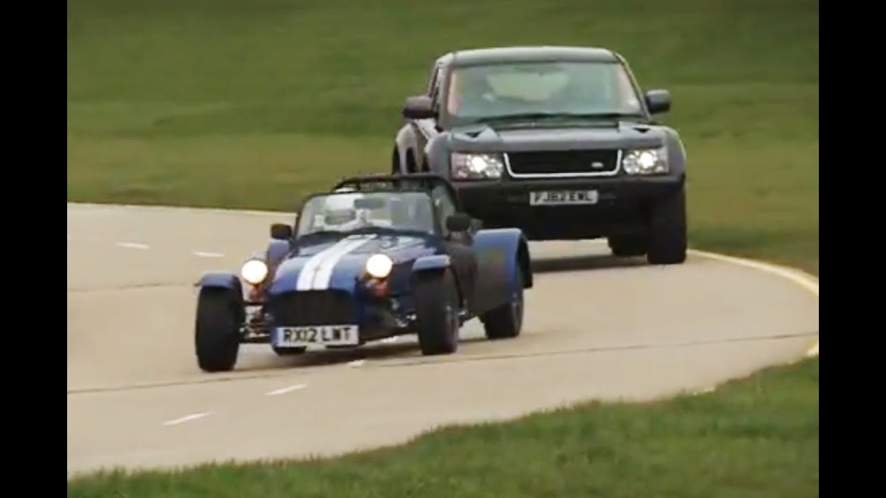 Land Rover Bowler EXR S v Caterham Seven Supersport race - autocar ...