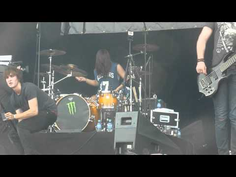 betraying the martyrs life is precious hellfest 2012 .MOV mp3