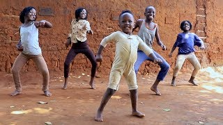 Masaka Kids Africana Dancing Tweyagale By Eddy Kenzo