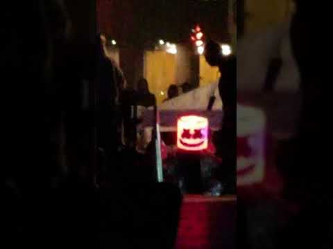 Marshmello Entering the Stage at Forbes 30 under 30 Summit in Boston Mp3