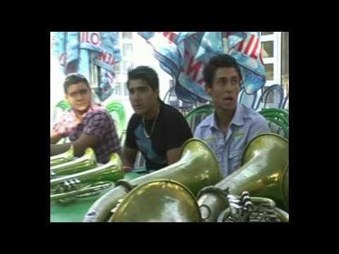 GUCA Gladna deca trubaci Hungry kids trumpeters